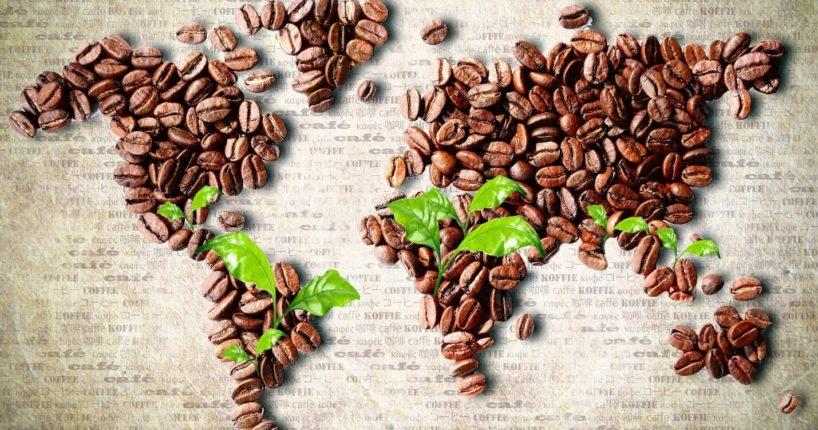 Сколько стоит чашка кофе в разных странах