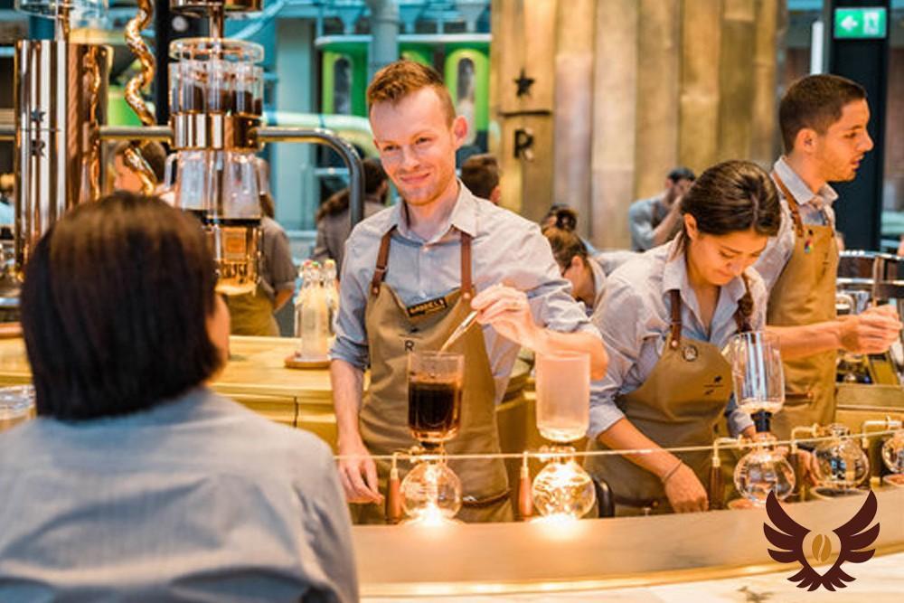 Первая в Италии кофейня Starbucks Reserve Roastery